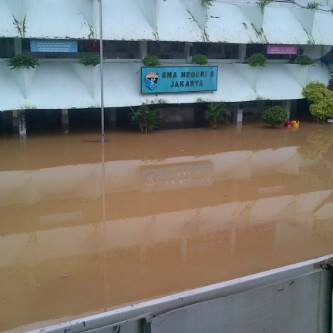 banjir , 23 feb 2014